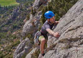 rock climbing vs bouldering